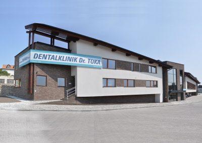 Zahnklinik - Gegenüber Sopron Plaza