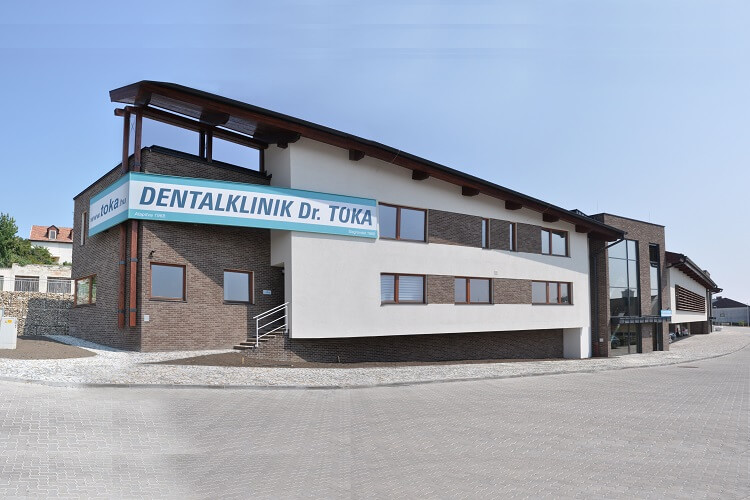 Zahnklinik Gebäude