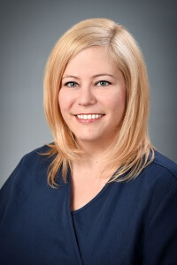 Dr. Bernadette Gyöngyi-Incze - Zahnärztin, Fachärztin für Zahn-, Mund- und Kieferheilkunde