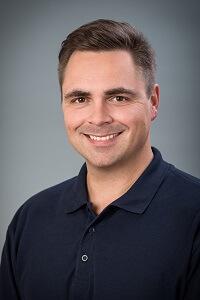 Dr. Péter Pósa - Facharzt für Zahn-, Mund- und Kieferheilkunde