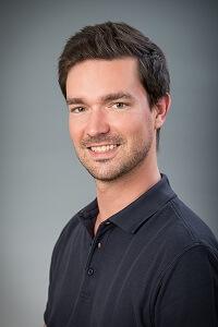 Dr. Stephan Tóka - Zahnarzt, Implantologe
